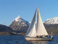 Navegando el Canal Beagle